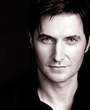 https://www.naxosaudiobooks.com/wp-content/uploads/2016/01/richardarmitage-1.jpg